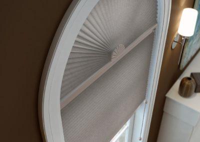 GCellular Shade arch window