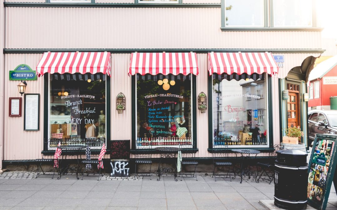 How to Attract More Customers With Business Window Graphics and Shades